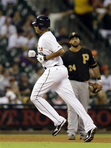Astros hand Pirates 4th straight loss, 7-1