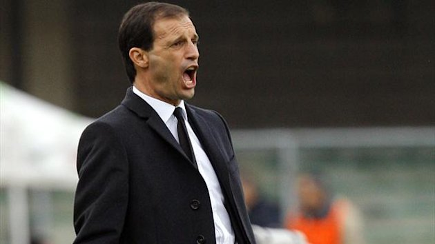 AC Milan's coach Massimiliano Allegri shouts during their Italian Serie A match against Chievo Verona at the Bentegodi stadium in Verona November 10, 2013.