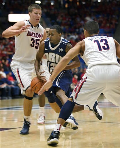 No. 4 Arizona rolls over Oral Roberts 89-64