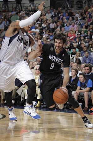 Love, Rubio lead T-wolves over Mavs, 123-122 in OT