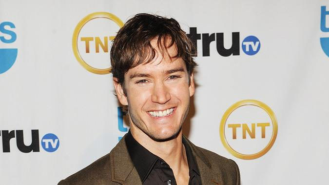 [ytvperson id=32997]Mark-Paul Gosselaar[ytvperson] attends the 2009 Turner Upfront at Hammerstein Ballroom on May 20, 2009 Mark-Paul Gosselaar