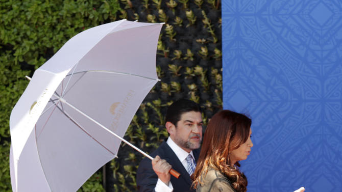 Argentina's President Cristina Fernandez, arrives at the opening session of the G20 Summit in Los Cabos, Mexico, Monday, June 18, 2012. (AP Photo/Eduardo Verdugo)
