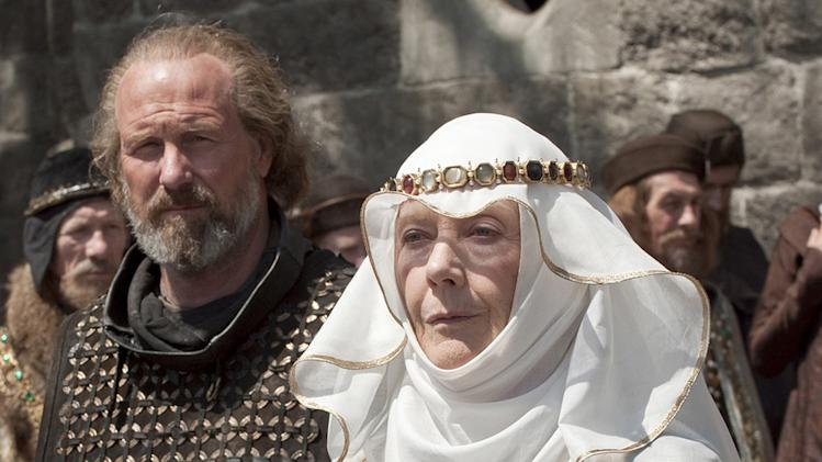 Robin Hood Universal Pictures 2010 William Hurt Eileen Atkins