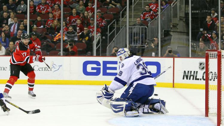 NHL: Tampa Bay Lightning at New Jersey Devils