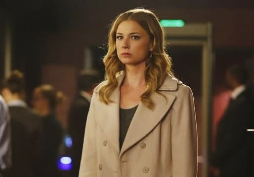Revenge Quadrangle Downgraded to Triangle: 'There's No Love Between Emily and [Spoiler]'