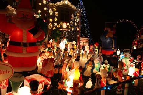 Liquori Christmas Wonderland: New York's Best Neighborhood Display