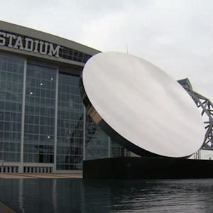Dallas Cowboys stadium features museum-quality artwork