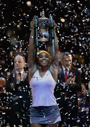 Serena Williams beats Li Na for WTA title