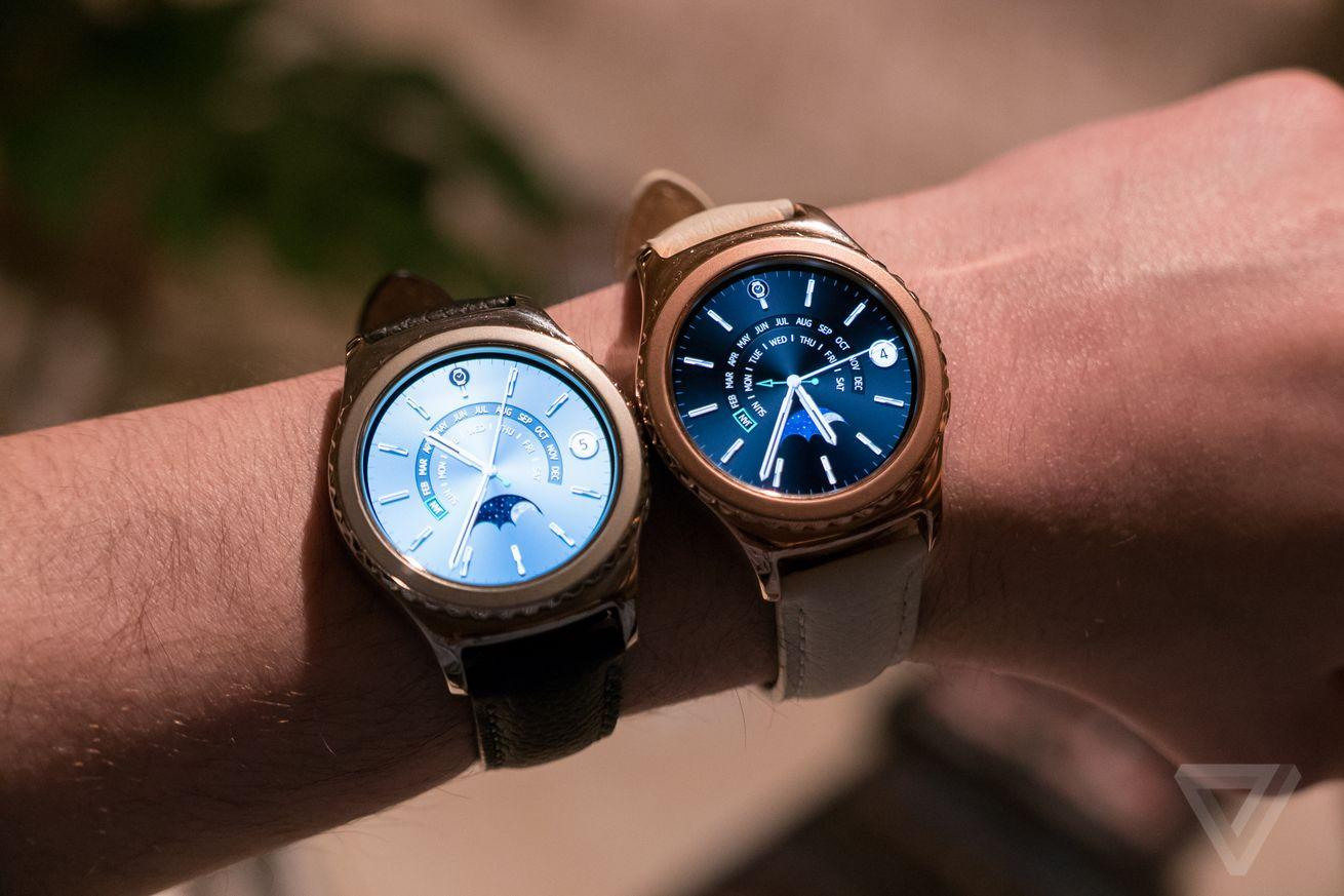 Samsung's rose gold and platinum Gear S2 watches are available tomorrow for $450