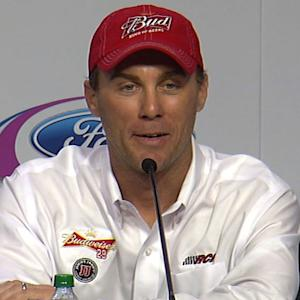 Harvick: \x{2018}We race up until the last lap'