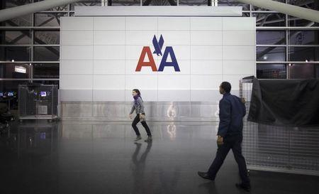 American Airlines, union reach deal to hike agents' pay