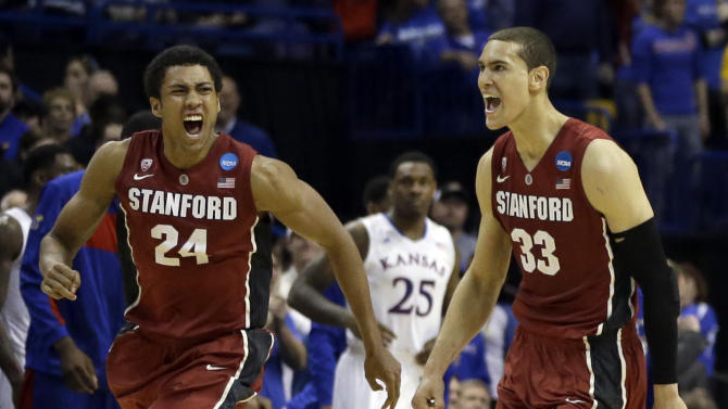 Stanford knocks off No. 2 Kansas 60-57