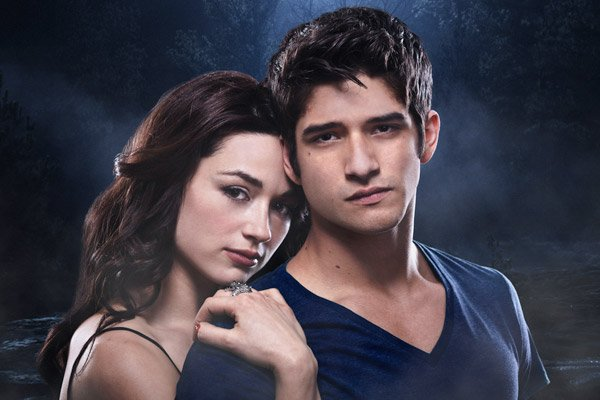 A 'Teen Wolf' Couple Is 'Strained,' 'The L.A. Complex'
