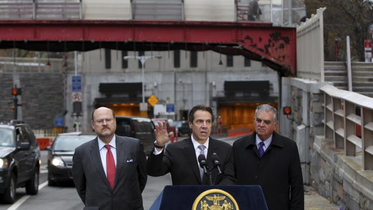 NY Gov. Cuomo expands opening of Battery Tunnel