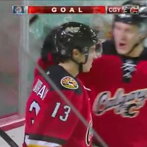 Johnny Gaudreau Goal on Viktor Fasth (08:32/1st)