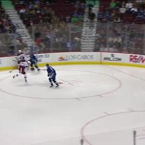 Ryan Miller Save on Martin Hanzal (00:30/1st)