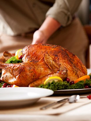 You'd don't have to sacrifice flavor to trim calories and fat from your Thanksgiving feast.