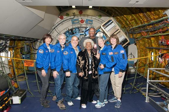 Nichelle Nichols, Uhura on 'Star Trek,' Boldly Rides NASA's Flying Observatory