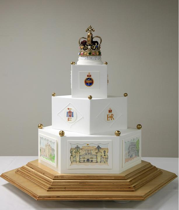 The Defence Food Service Complete A Diamond Jubilee Cake In Honour Of The Queen
