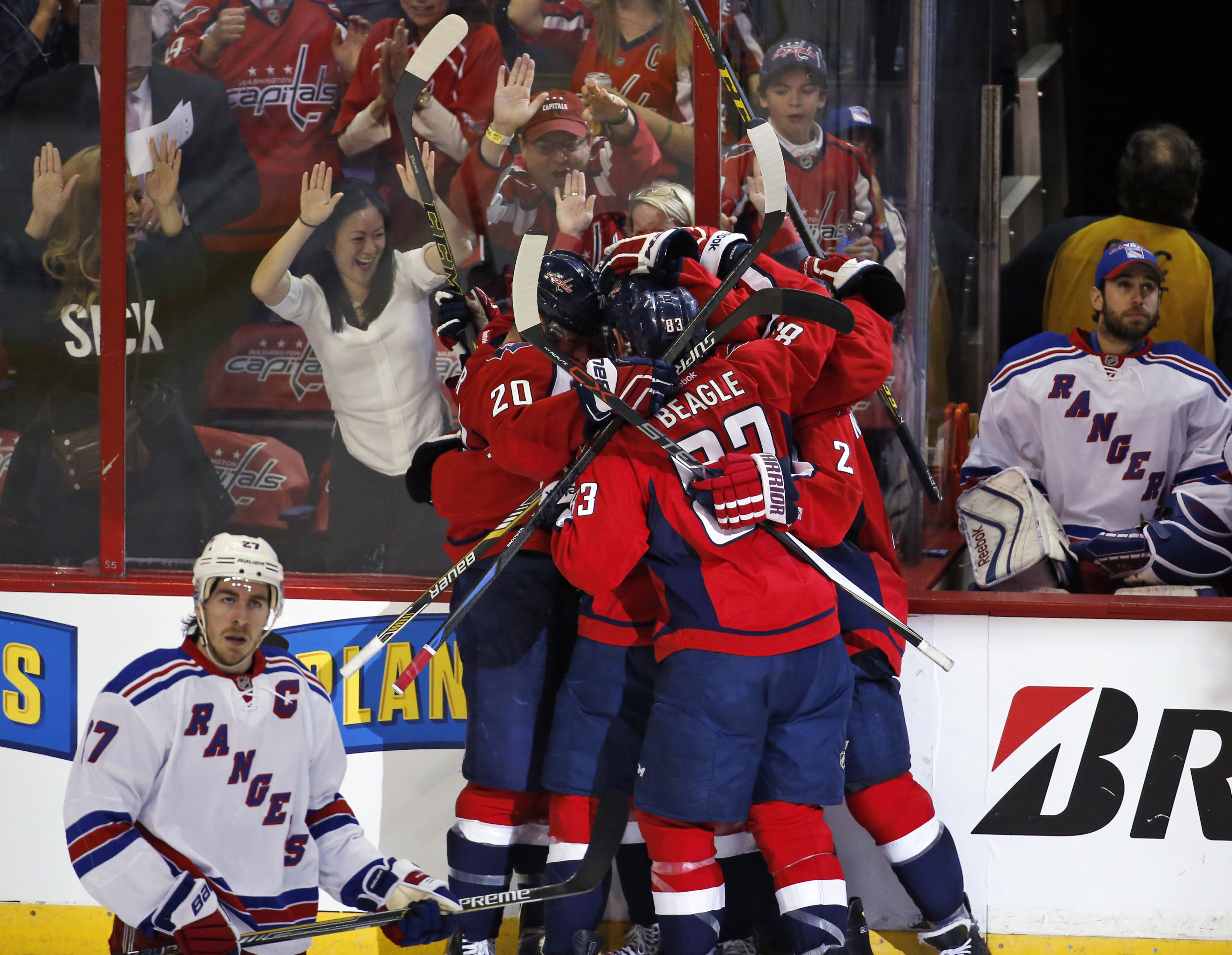 Burakovsky lifts Caps past Rangers 2-1 for 3-1 series lead