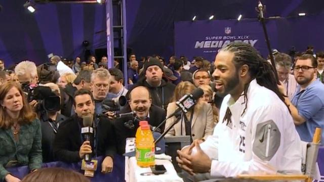 Super Bowl media day full of dancing, deflecting