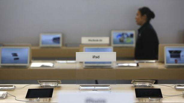 Is Demand for Apple Products High or Low? It Depends Who You Ask