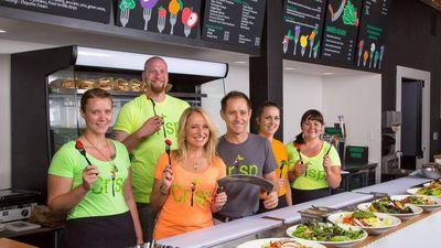 Build-Your-Own Salad Spot Crisp Opens Today on N Williams