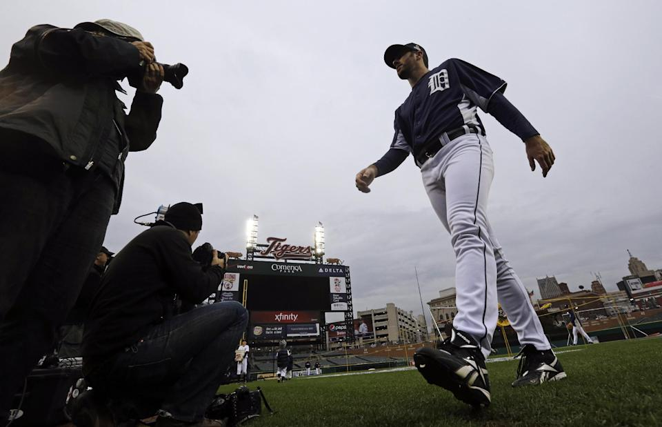 Detroit Tigers pitcher Justin Verlander walks off the field during workout at Comerica Park in Detroit, Friday, Oct. 26, 2012. The Tigers host the San Francisco Giants in Game 3 of baseball's World Series on Saturday. The Giants lead the best-of-seven games series 2-0. (AP Photo/Patrick Semansky)