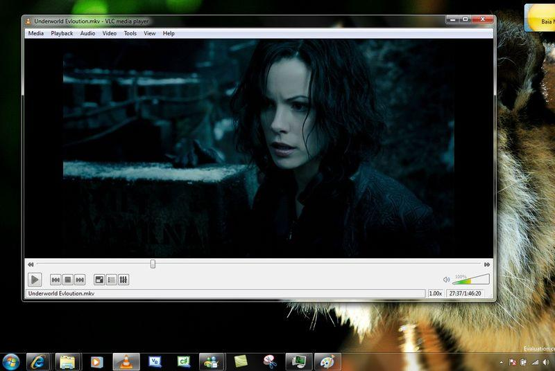 VLC returns to iOS and launches on Windows Phone, Windows RT, and Android TV