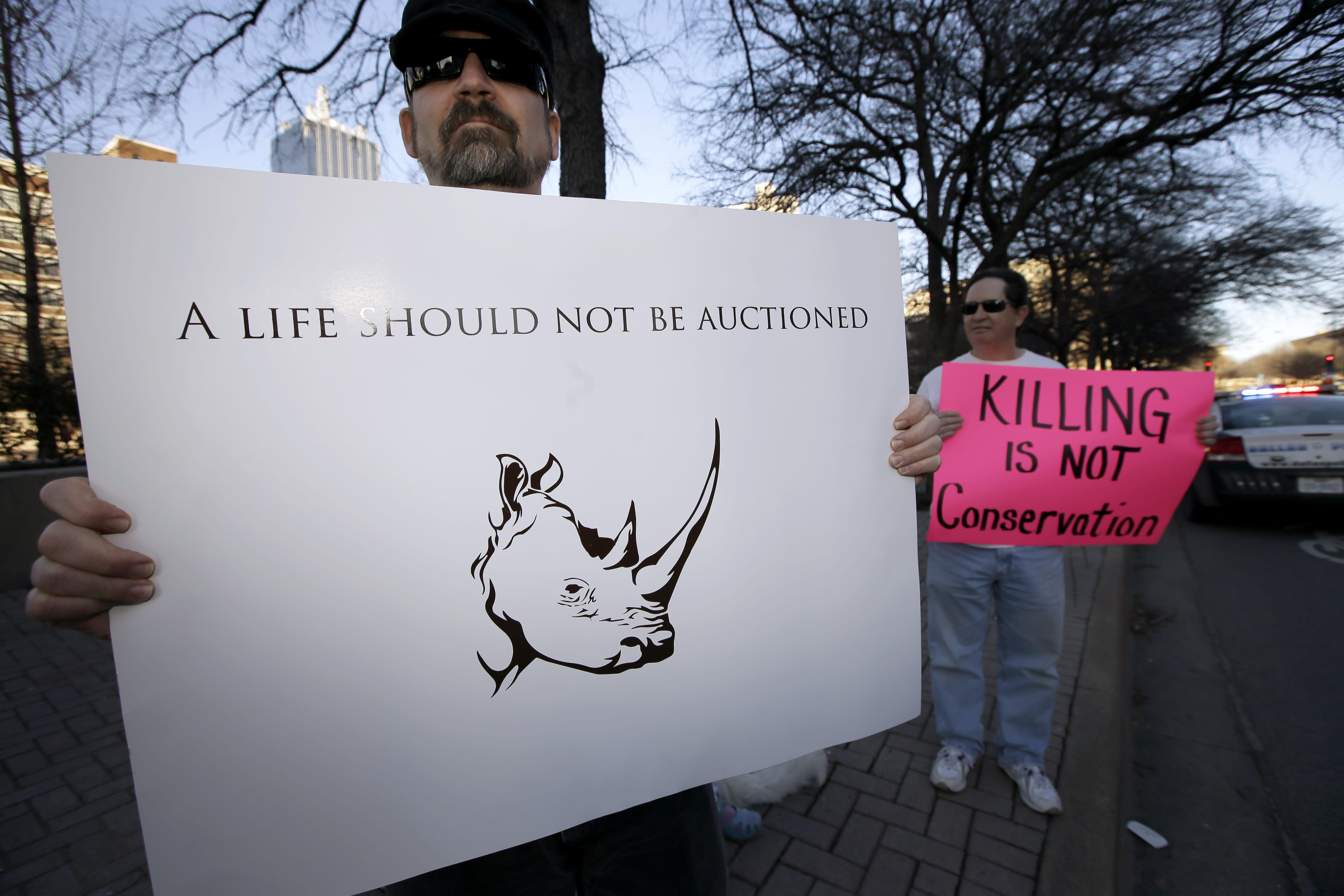 US government approves Dallas club's rhino import permit