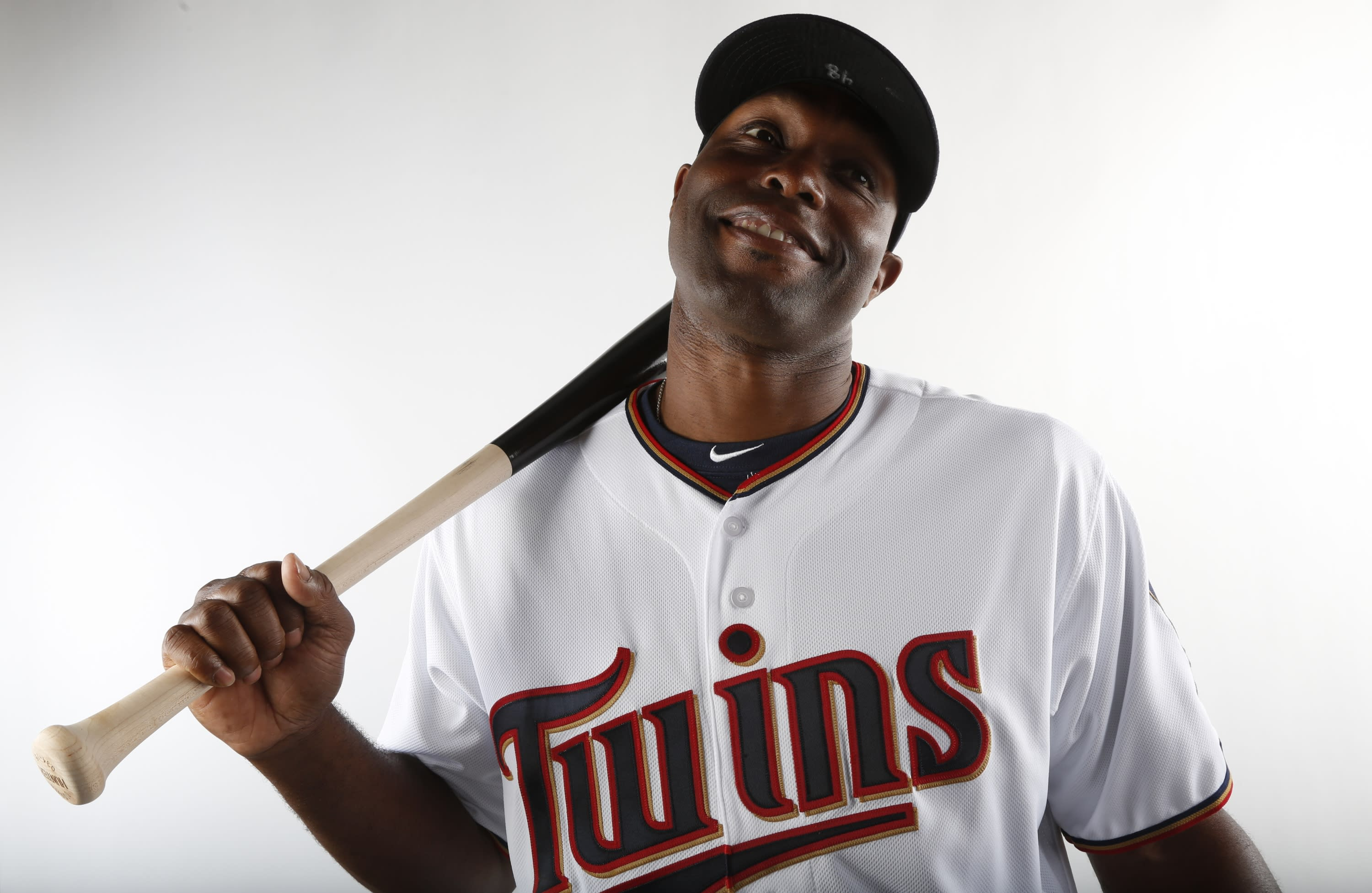 Torii Hunter offers apology, explanation for tweet about Floyd Mayweather