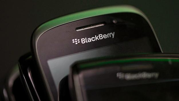 Ex-NSA lawyer: Apple and Google may end up like BlackBerry if they make their phones more secure