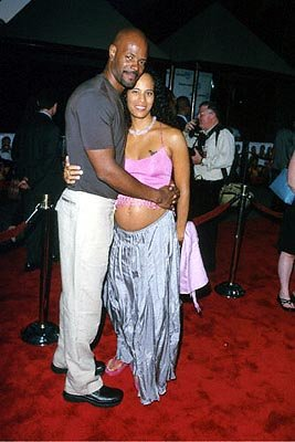 Keenen Ivory Wayans and his wife at the Universal City premiere of Universal's Nutty Professor II: The Klumps
