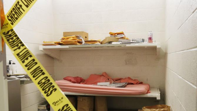 The cell of convicted killer Jodi Arias at the Maricopa County Sheriffs Office Estrella Jail, on Thursday, May 16, 2013, in Phoenix. Arias was convicted of first-degree murder in the gruesome killing of her one-time boyfriend, Travis Alexander, in their suburban Phoenix home. (AP Photo/Ross D. Franklin)