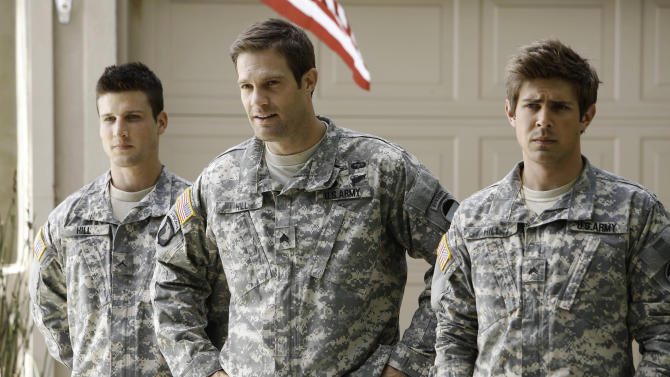Fox delays debut of new military sitcom 'Enlisted'