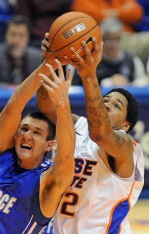 Fitzgerald, Air Force top Boise State 74-59