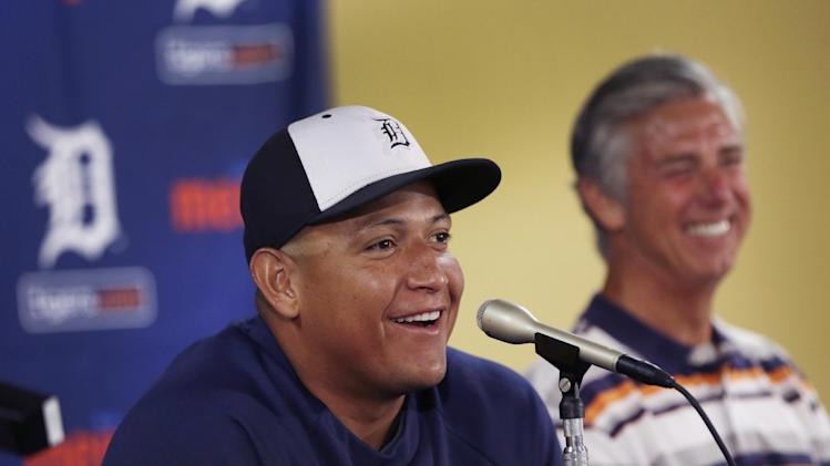 Watch Miguel Cabrera celebrate the news of his $248 million con…