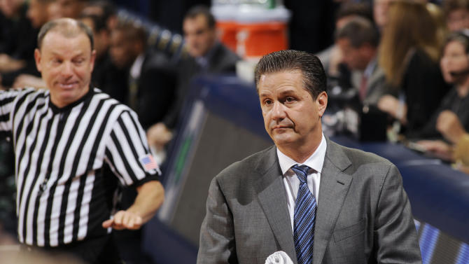 Kentucky coach John Calipari reacts to a call during the first half of an NCAA college basketball game against Notre Dame on Thursday, Nov. 29, 2012, in South Bend, Ind. (AP Photo/Joe Raymond)