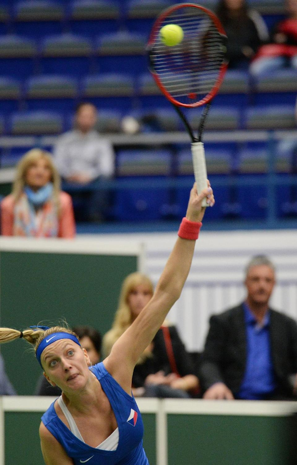 Tennis – Kvitova takes Czechs past France to Fed Cup final