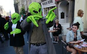 Relax: Aliens Probably Aren't Coming to Invade Earth, Says This Ph.D. Student