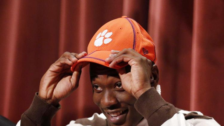 High School Football: National Signing Day-Mackensie Alexander
