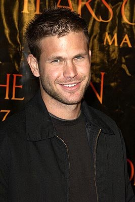 Premiere: Matthew Davis at the LA premiere of Columbia's Tears of the Sun - 3/3/2003