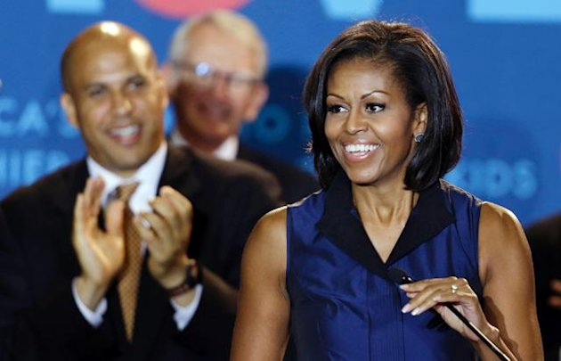 Photos: Michelle Obama's Brilliant Blues (ABC News)