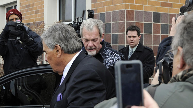 Colts owner Jim Irsay will get treatment at health care facilit…