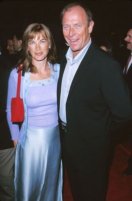 Premiere: Amanda Pays and Corbin Bernsen at the premiere of MGM's Return To Me - 2000 