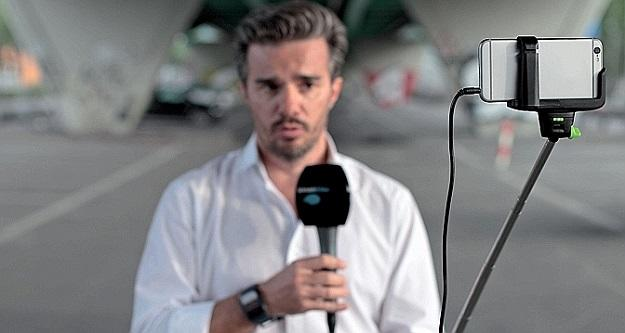 News station replaces traditional TV cameras with iPhones and selfie sticks