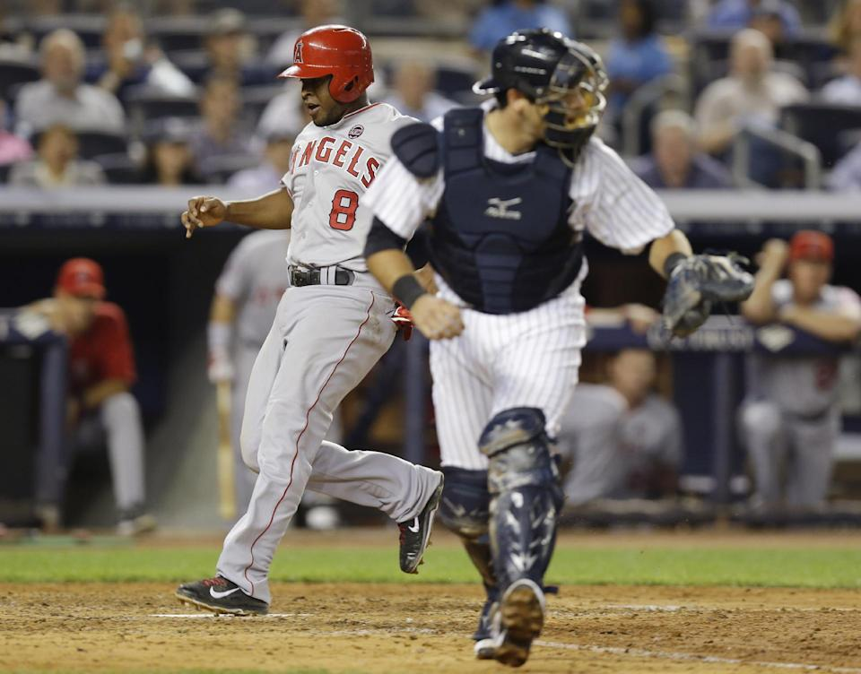 Soriano homers twice, Yanks offense breaks out