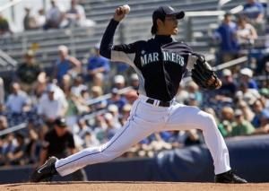 Iwakuma goes 4 innings for M's in tie with Dodgers