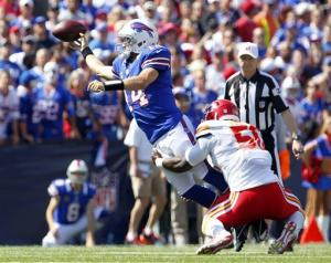 Spiller sparks Bills' 35-17 rout over Chiefs