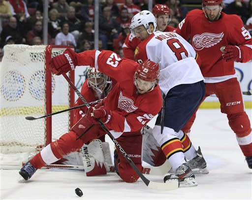 Red Wings beat Panthers 2-1 in shootout